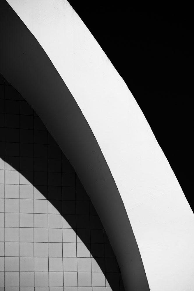 Salaverry_Antonio_Curved-Concrete04