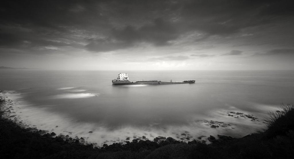 The Dark Beauty, Ghost Ship Series