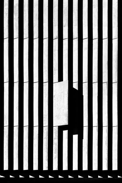 Bassul_Jose_Roberto_Lines-of-shadow-01