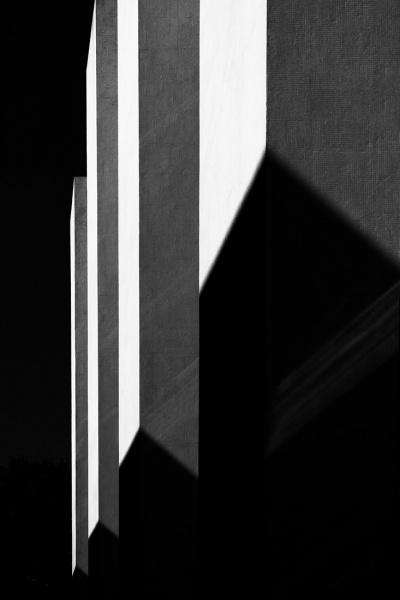 Bassul_Jose_Roberto_Lines-of-shadow-02