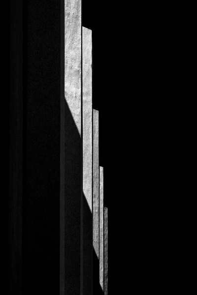 Bassul_Jose_Roberto_Lines-of-shadow-03