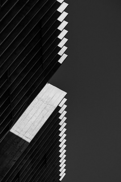 Bassul_Jose_Roberto_Lines-of-shadow-05