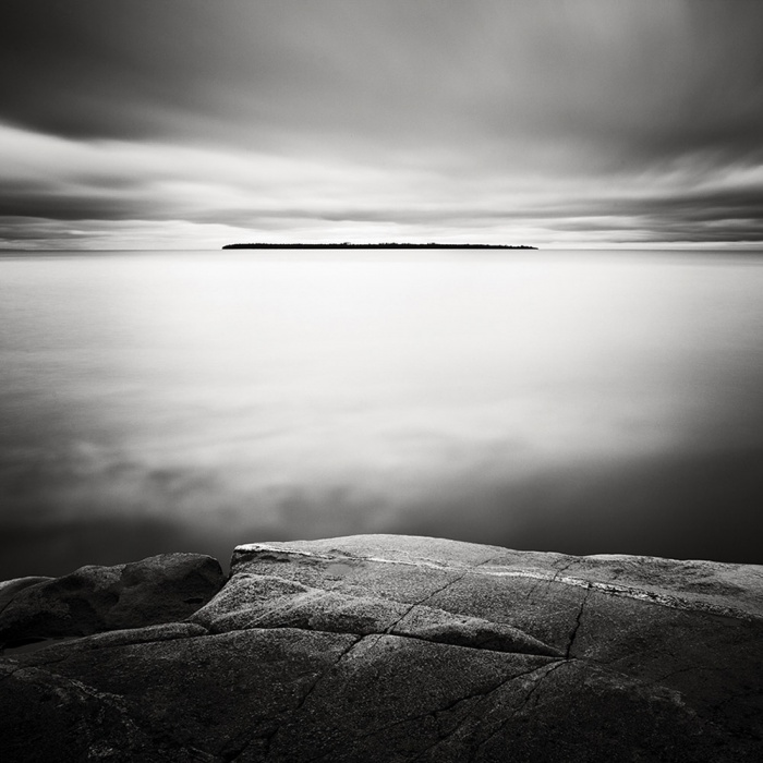 Distant-Island