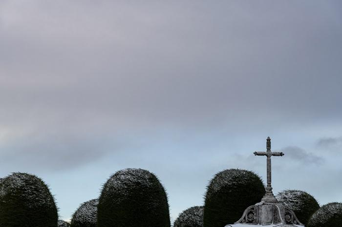 Valenzuela_Pablo_Cemetery01-1