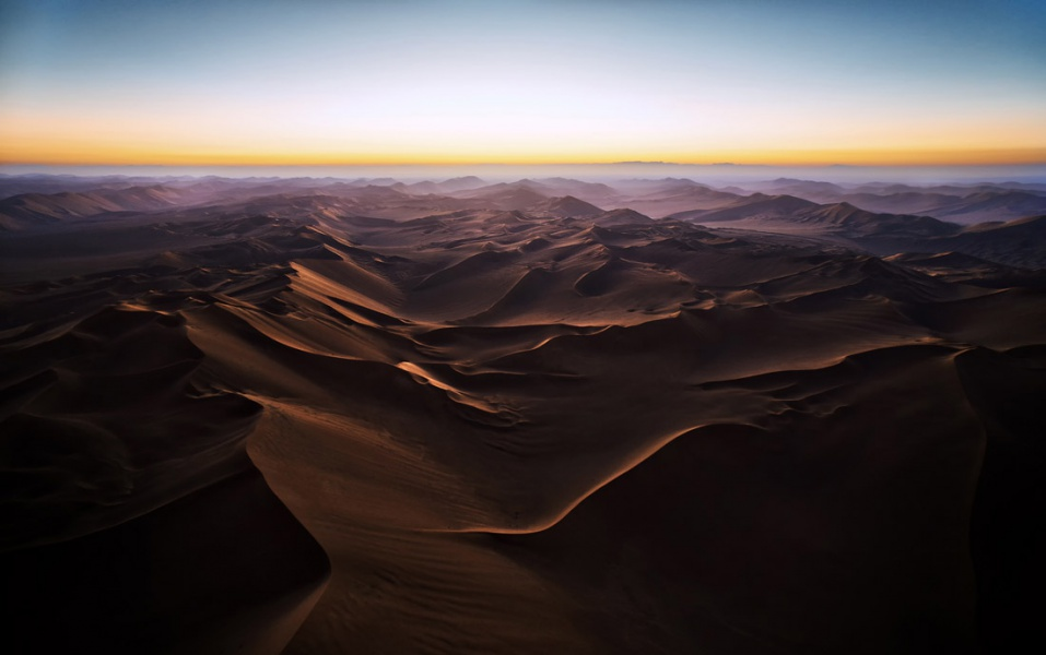 barahouei_aaref_the-magnificent-Lut-desert-2-1